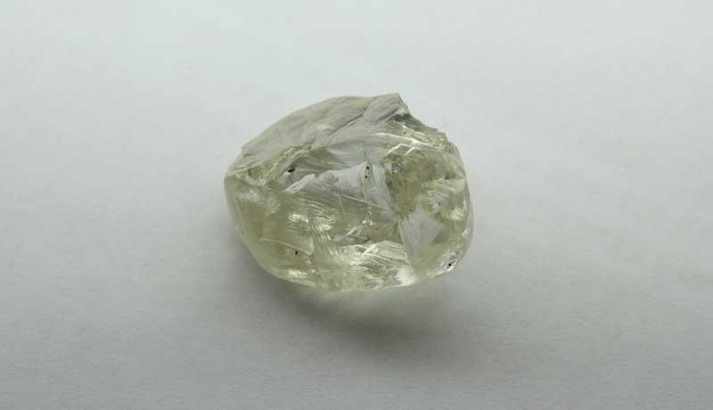 АЛРОСА в январе продала алмазов на 499 млн