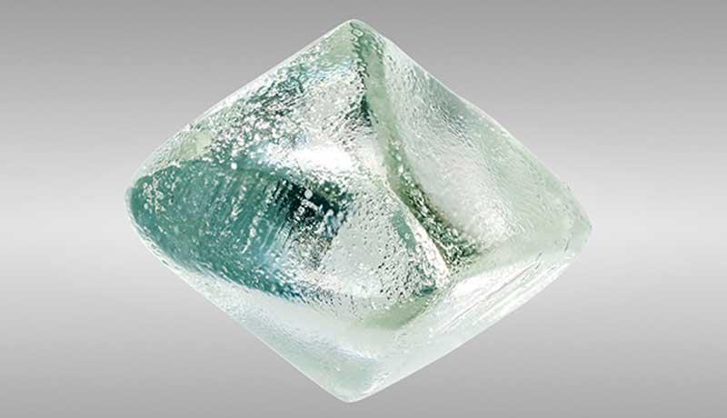 GIA обнаружила муассанит выданный за алмаз