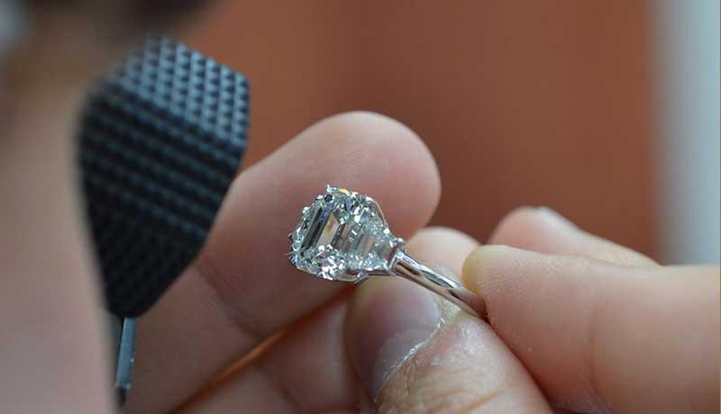 Экспорт бриллиантов из Индии вырос в январе