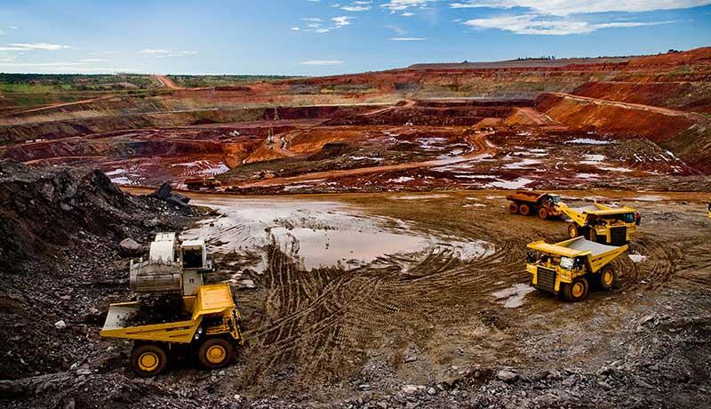 Ангола потеряла 464 млн на продажах алмазов привилегированным покупателям